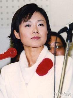 """有働由美子アナ """"NHKの顔""""が理事待遇を捨て、目指せ!「妊活&収入20倍計画」"""
