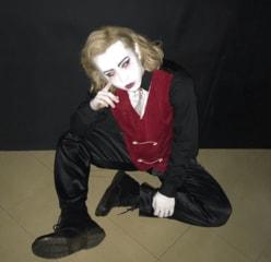 """りゅうちぇる""""怖すぎる""""ハロウィンメイクに驚きの声"""