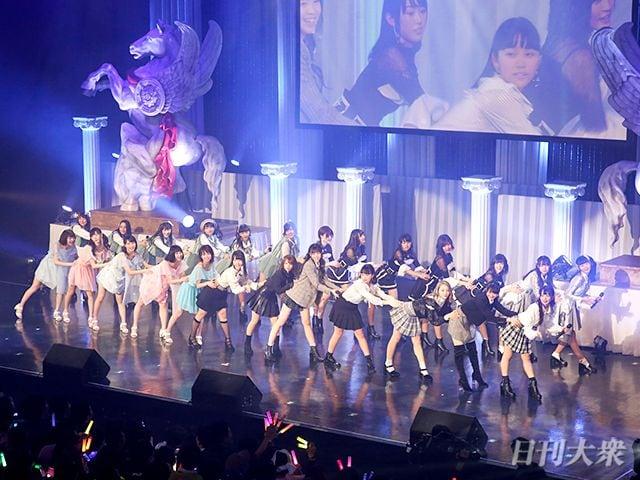 秋元康プロデュース「ラストアイドル」初ライブに密着!の画像003