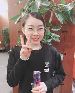 紀平梨花選手、プライベート感あふれる「レアなメガネ姿」に反響
