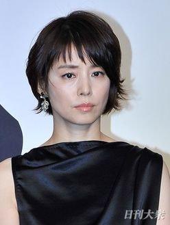 石田ゆり子、女性大物歌手Aの夫と「密会」疑惑