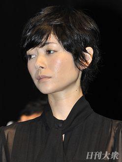 真木よう子「映画ドタキャン」で引退危機!?