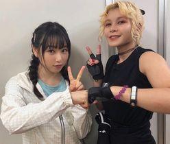 桜井日奈子『ダンベル何キロ持てる?』声優・ファイルーズあいとの異色2ショットを公開