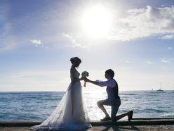 菊池桃子は還暦男と結婚!「美女と結婚する方法」