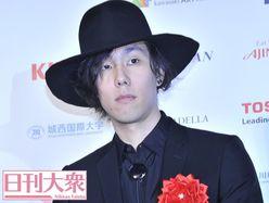 RADWIMPS・野田洋次郎、新曲MVの衝撃シーンで物議醸す