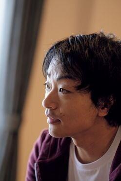 道尾秀介インタビュー「一番面白いと思えるのは、自分自身がつくったもの」