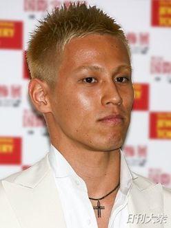 NEWS手越祐也、「本田圭佑選手へ真剣インタビュー」で称賛集まる
