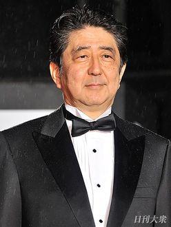 嵐・櫻井翔のキャスターぶりに「頼もしい」、安倍晋三首相にも臆せず質問