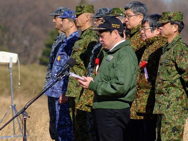 陸上自衛隊×グリーンベレー「厳戒の降下訓練」に密着の画像011