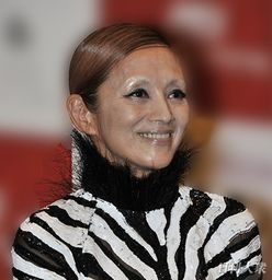 浅野ゆう子も熟年結婚! 「50歳以降で初婚」の芸能人が急増中
