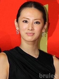 北川景子「まるで家族?」宝塚ファンから愛されているワケ