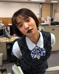"""夏菜の""""悪魔風メイク""""にファンも「怖すぎる」とびっくり"""