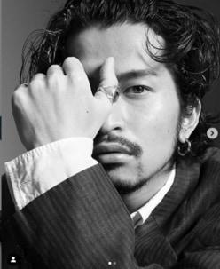 King Gnu常田大希とemmaの熱愛報道に「ぐうの音もでない」「ちょっと心が…」と反響