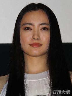 夫選びで思わぬ差!? 国仲涼子 VS 仲間由紀恵~「NHK美女優」10番勝負