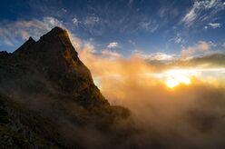 【映える山のテン場】プライベート感に満足!テントから出ればそこに名峰の頂が! 槍ヶ岳〈長野県〉